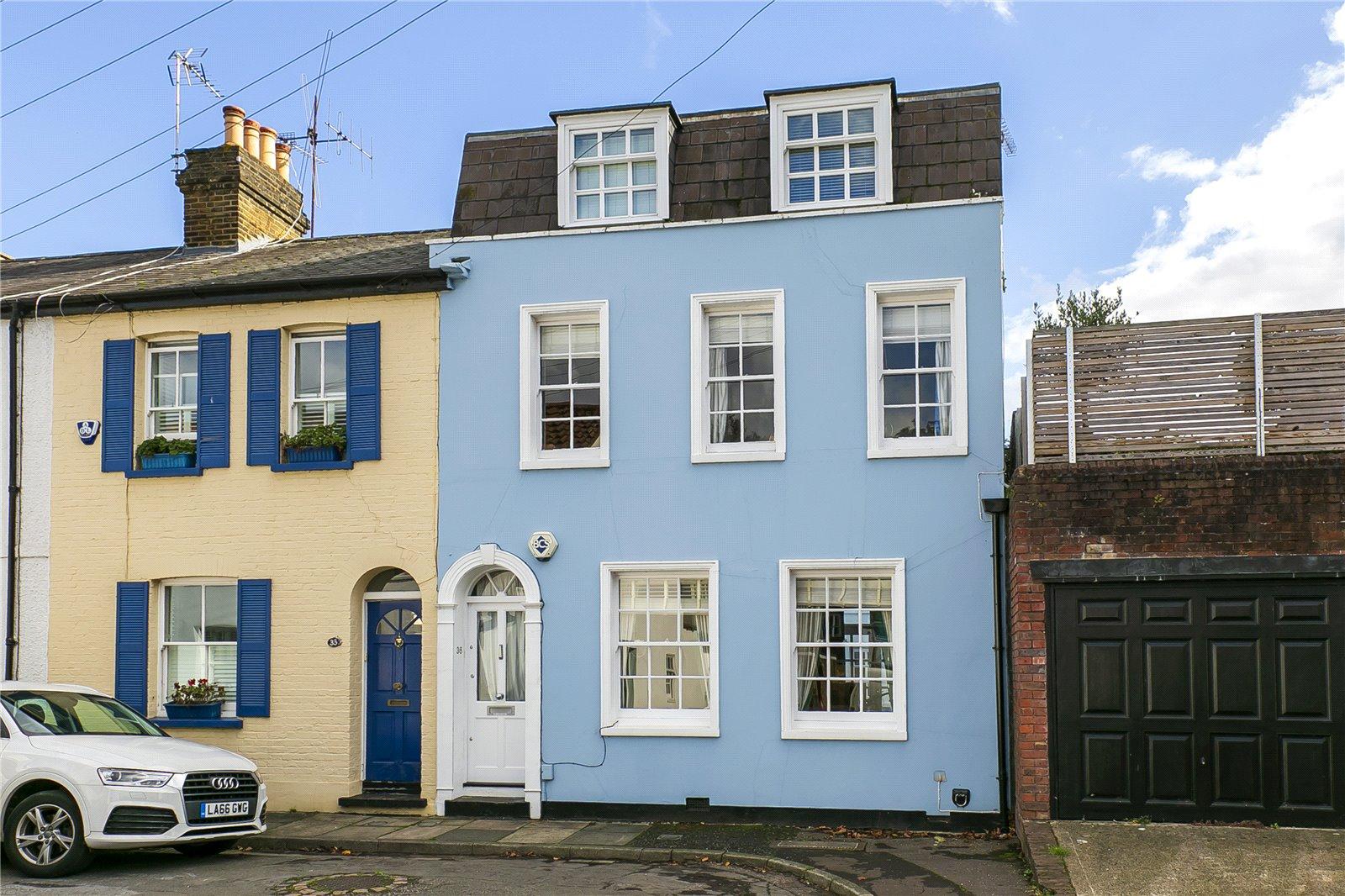 Cambridge Cottages, Kew, TW9 3AY - Antony Roberts