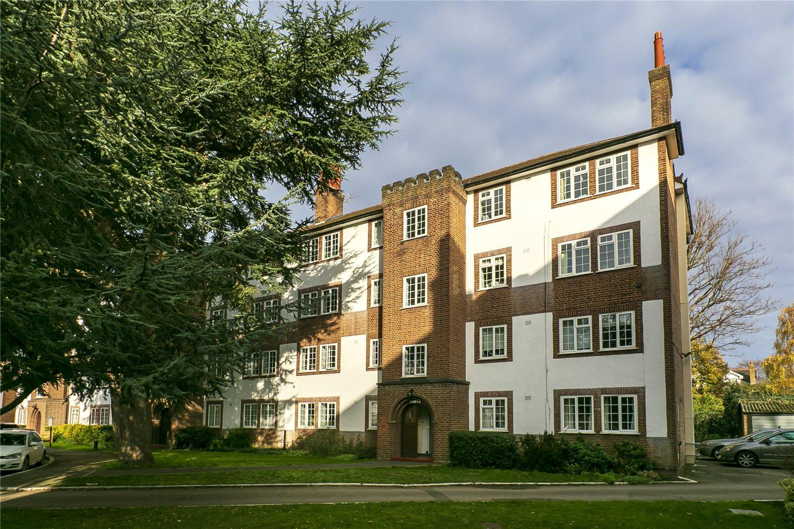 Gloucester Court, Kew Road, TW9 3EB - Antony Roberts