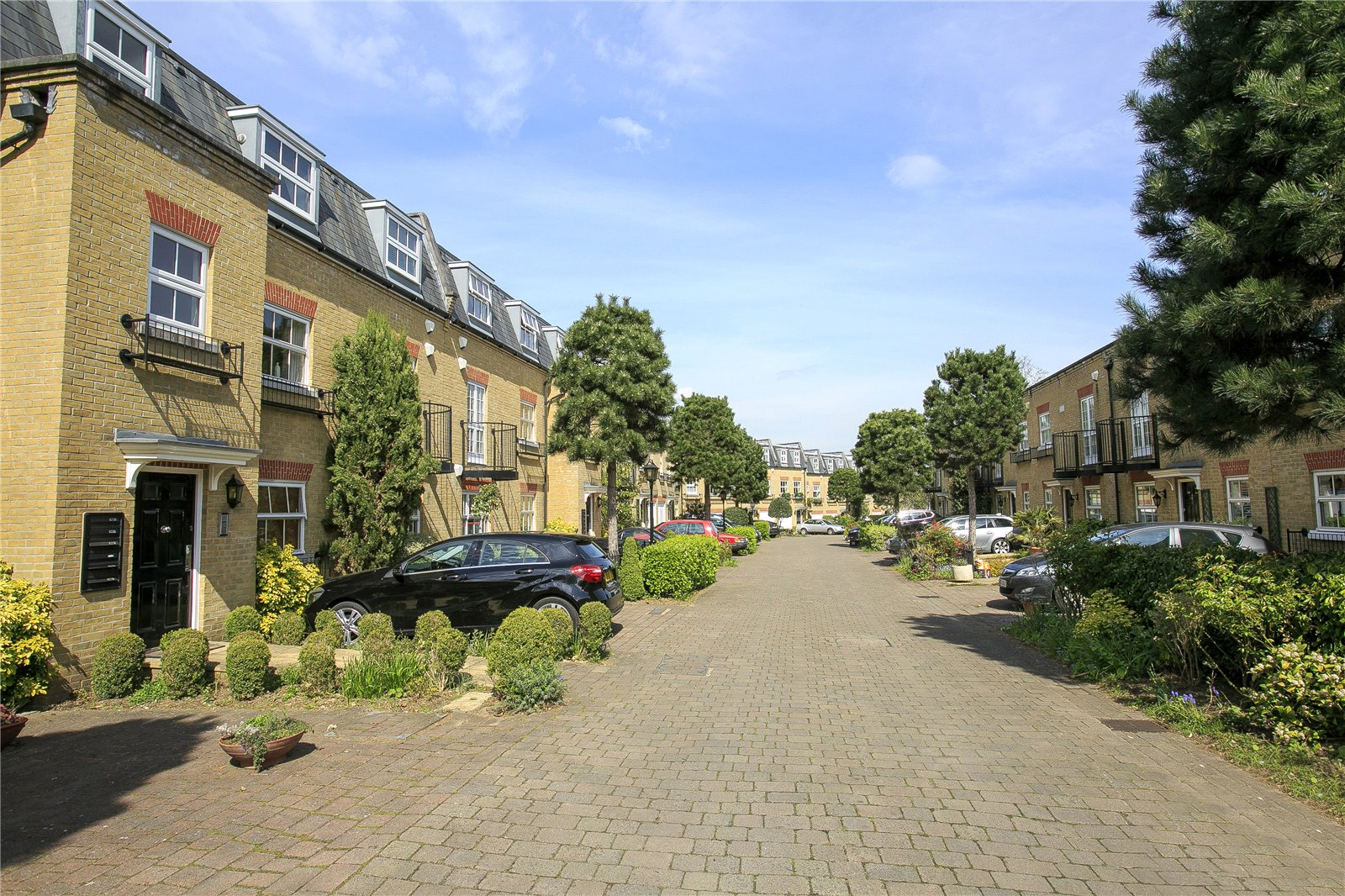 Layton Place, Kew, TW9 3PP - Antony Roberts