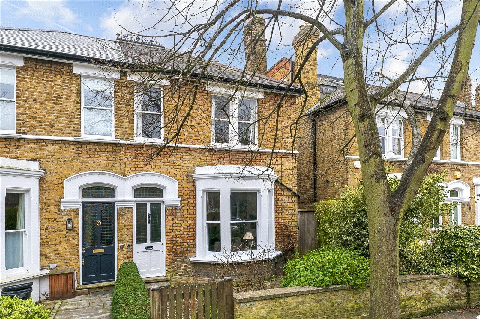 Clarence Road, Kew, TW9 3NL - Antony Roberts