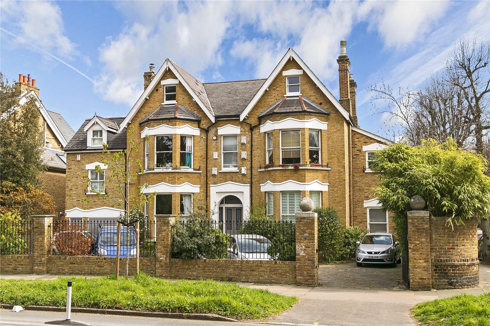 Kew Road, Kew, TW9 3JX - Antony Roberts