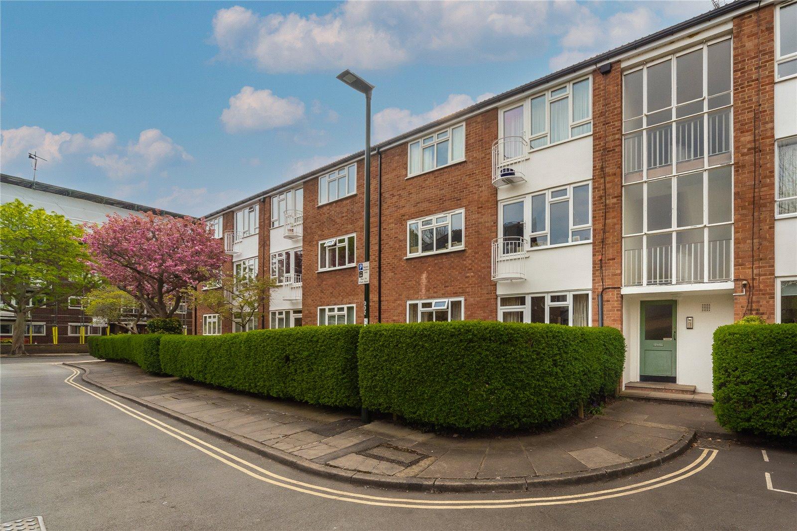 Lichfield Road, Kew, TW9 3EH - Antony Roberts