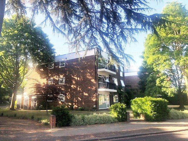 Green Hedges, Riverdale Gardens, TW1 2BU - Antony Roberts