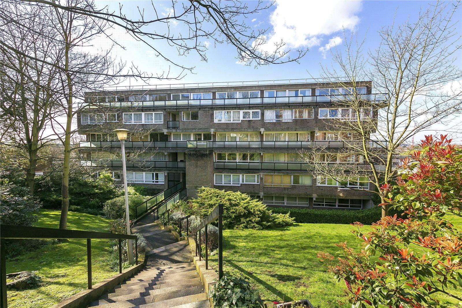 Bromwich House, Richmond, TW10 6RU - Antony Roberts