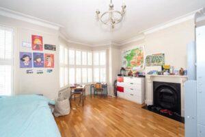 28 Alexandra Road, Twickerham, Twickerham, TW1 2HE - Antony Roberts