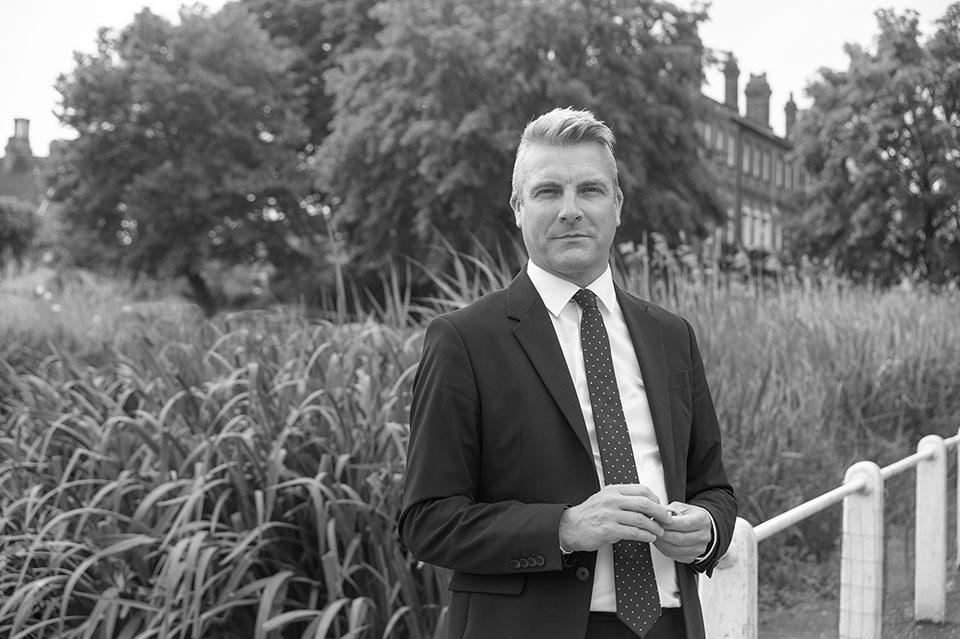 Mark Wright - Antony Roberts