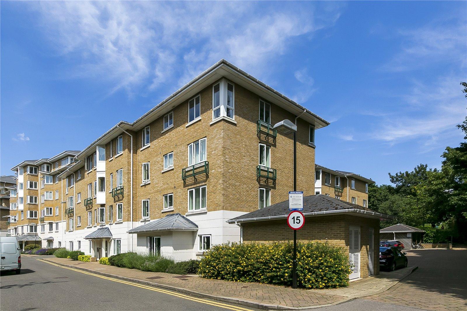 Strand Drive, Kew, TW9 4EZ - Antony Roberts