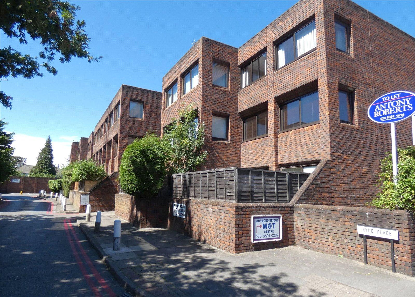 Ryde Place, Twickenham, TW1 2EH - Antony Roberts