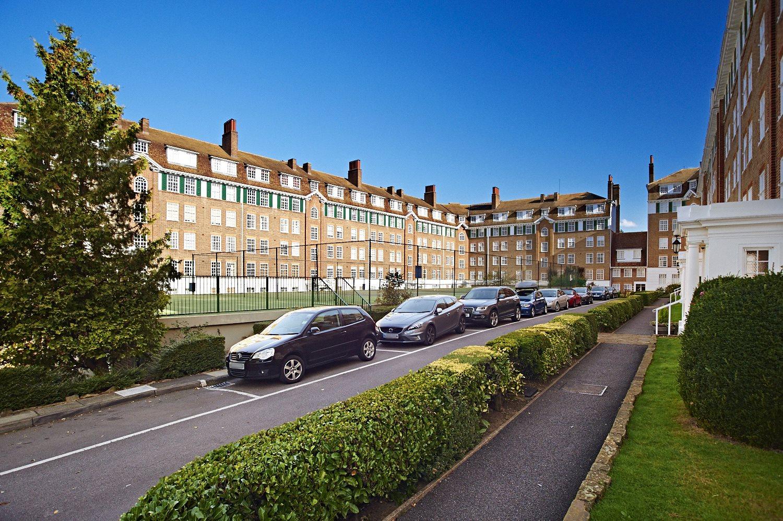 Richmond Hill Court, Richmond Hill, TW10 6BG - Antony Roberts