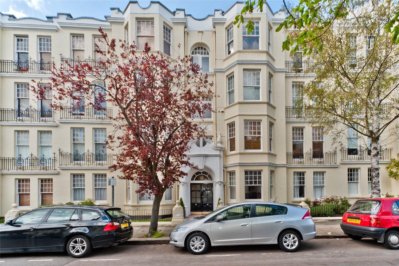 Onslow Avenue Mansions, Onslow Avenue, TW10 6QD - Antony Roberts