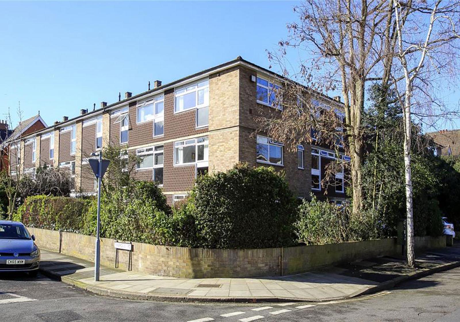 63 The Avenue Kew, Richmond, TW9 2AH - Antony Roberts