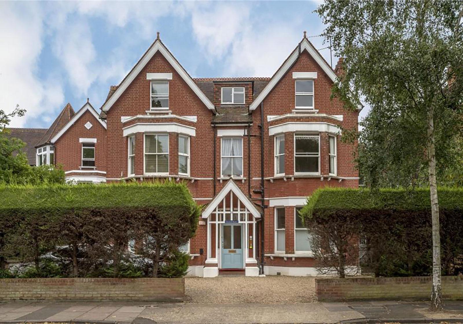 59 The Avenue, Kew, Richmond, TW9 2AL - Antony Roberts