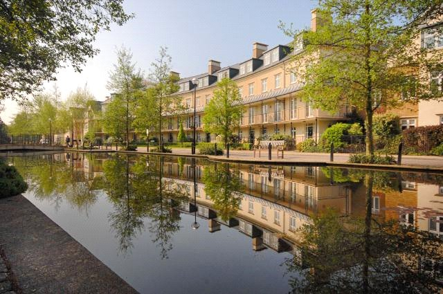 Melliss Avenue, Kew, TW9 4BQ - Antony Roberts